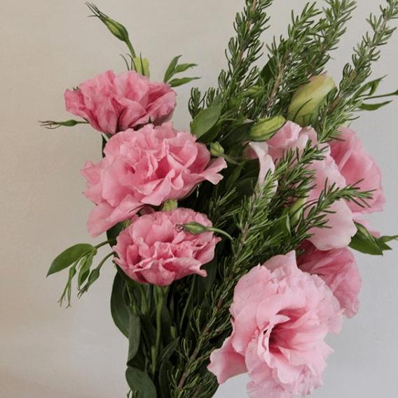 pink-flower-posie-greenery
