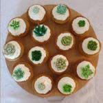 cupcakes-cake-green-white-edible-flowers