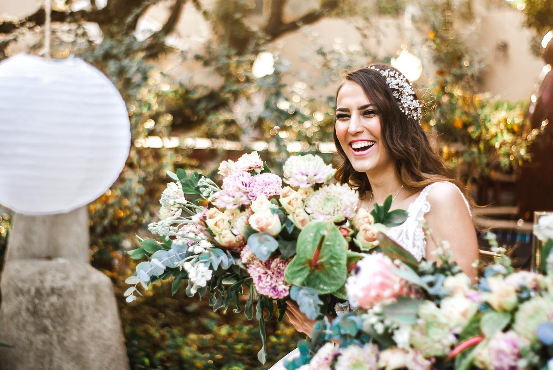 bride-floral-lantern-proteas