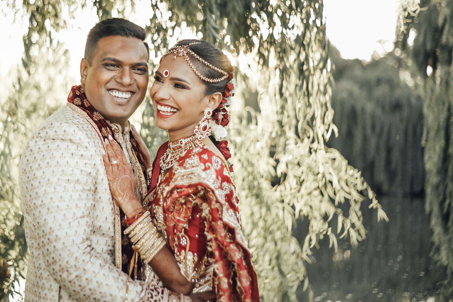 bride-groom-red-gold-trees