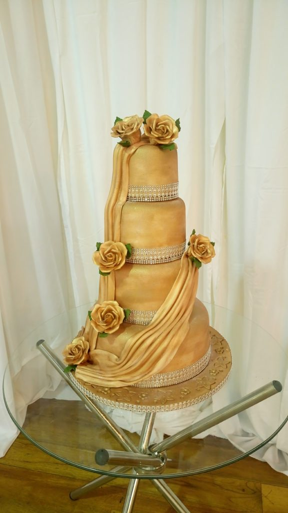 cake-gold-4-tier-flowers