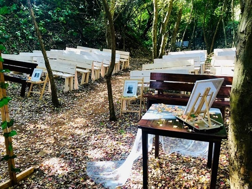 wedding-ceremony-aisle-chairs