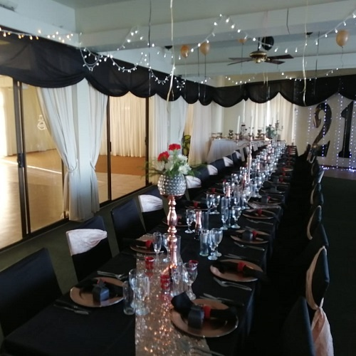 ocean-view-wedding-table-decor-2