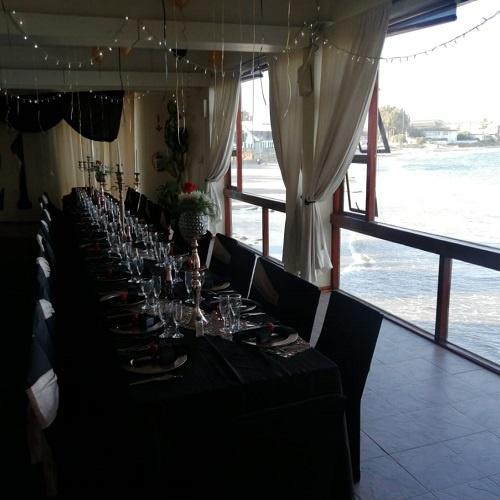 ocean-view-wedding-table-decor-3
