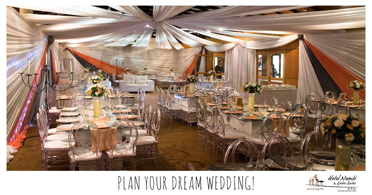tables-wedding-draping-room-min