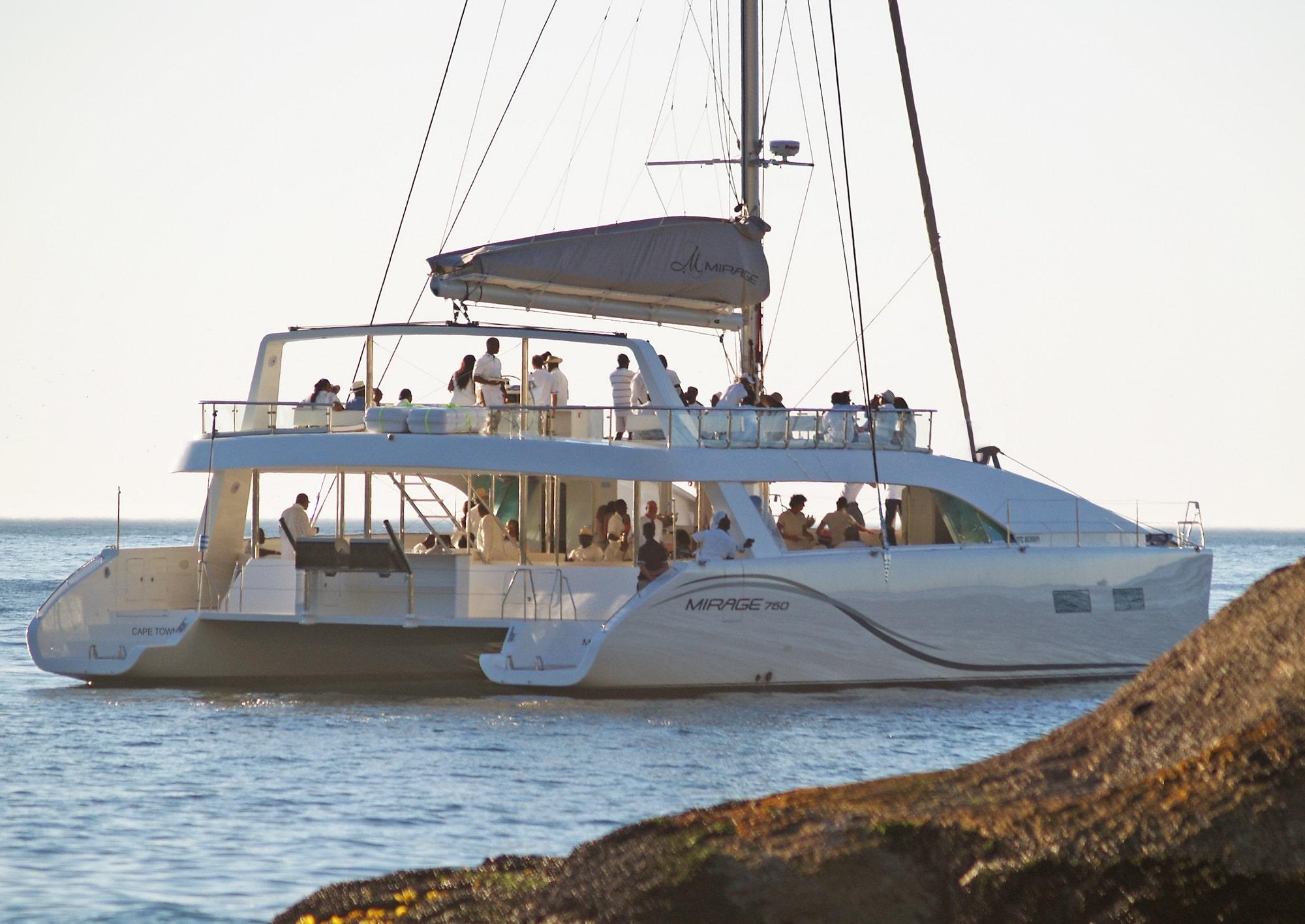 mirage-sail-boat-people-2-min
