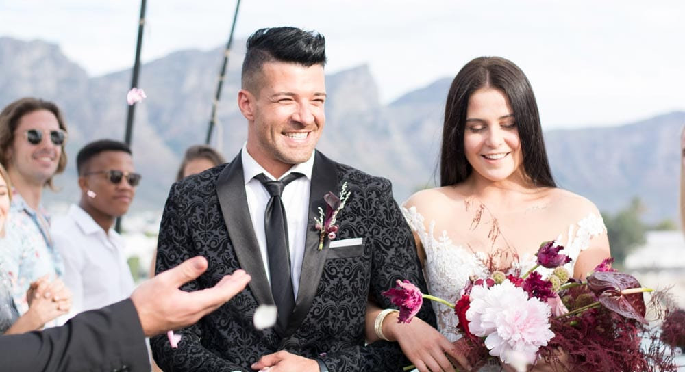 mirage-bridal-couple-min